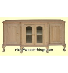 2402 Traditional TV / Entertainment Center